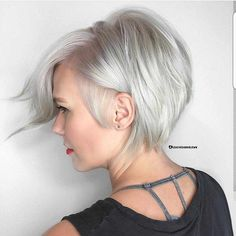 Fine hair has a great range to be creative. However, sometimes you may want to find some haircuts which is interesting. Therefore, here are 10 Short Pixie Haircuts For Fine Hair. Bob Hairstyles For Fine Hair, Short Pixie Haircuts, Pixie Hairstyles, Short Hairstyles For Women, Summer Haircuts, Hairstyle Short, Latest Hairstyles, Natural Hairstyles, Woman Hairstyles