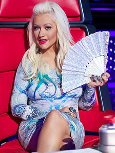 Christina aguilera blue dress on voice