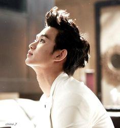 Kim Soo Hyun 김수현