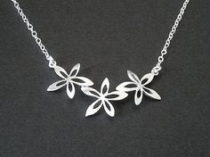 Narcissus Flower Necklace  Friend Gift Flower Girl by LaLaCrystal,