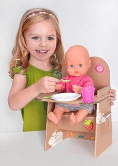 juguetes-de-carton-silla-muneco-cardboard-toys