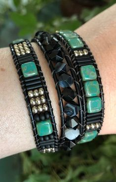 Beaded Wrap Bracelets, Beaded Jewelry, Jewelry Bracelets, Leather Bracelets, Glass Gemstone, Bugle Beads, Leather Cord, Jewelry Making, Gemstones