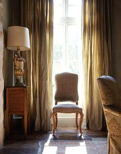 """An Italian inspired home, """"Chateau Domingue"""" for Houston Antique Dealer and designer Eleanor Cummings"""