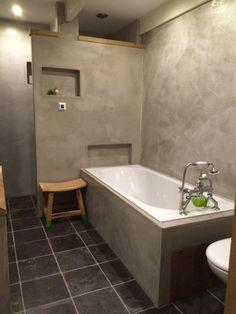 Badkamer in VERBAU-betonstuc, kleur #01/32 steenkool