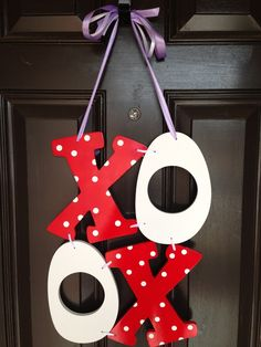 Valentine's Door Hanger tutorial!!