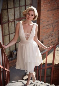 Short Wedding Dress, very Marilyn Monroe.