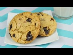How to Make the Best Chocolate Chip Cookies! This is the best chocolate chip cookie recipe for chewy on the inside, crispy on the outside cookies! These cookies can satisfy any chocolate craving, and will be gone in minutes at a party! Best Chocolate Chip Cookie Recipe Ever, Perfect Chocolate Chip Cookies, Baking Recipes, Cookie Recipes, Dessert Recipes, Desserts, Cookies For Kids, Bar Cookies, Yummy Cookies