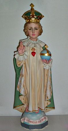 The Infant of Prague is one of a select group of statues associated with modern miracles. Modern Miracles, Infant Of Prague, Bible Images, Religion Catolica, Blessed Mother Mary, Religious Images, Baby Jesus, Christian Art, Roman Catholic