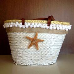 #capazo Estrella Blanco mediano asas cuero en www.rosanamolto.com#capazos #decorados #playa #denia