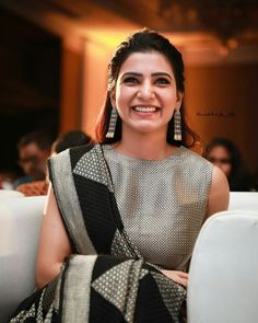 Samantha @ Trailer Launch (y) Seema Raja Movie from Sep 13 (y) Studios Most Beautiful Indian Actress, Beautiful Actresses, Samantha In Saree, Samantha Ruth, Samantha Images, Saree Poses, Saree Look, Indian Designer Outfits, Beautiful Girl Image
