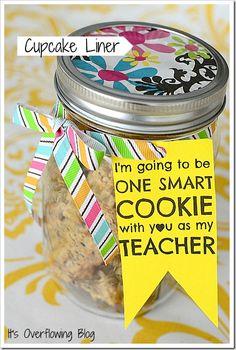 cupcake liners, teacher gifts, teacher appreciation, school, gift ideas