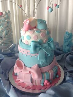 Twins Baby Shower Cake - Check out my site www.allthatfrost.com
