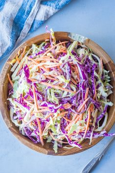Easy Homemade Coleslaw {Vegan, Refined Sugar Free} - She Likes Food Vegan Coleslaw vegan healthy coleslaw recipe Sugar Free Coleslaw Recipe, Healthy Coleslaw Recipes, Vegan Coleslaw, Coleslaw Mix, Vegan Recipes, Vegan Foods, Delicious Recipes, Free Recipes, Hamburgers