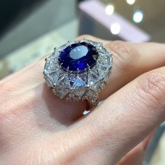 Do you love sapphires? Here is a special unique ring by Sarah Ho with a Magadascar blue sapphire of cts and diamonds. I just love its architecture and the mix of diamond cuts that make this design particularly interesting. 📍Find Sarah Ho at Amiri Gems Gothic Jewelry, High Jewelry, Modern Jewelry, Vintage Jewelry, Women's Jewelry, Fashion Jewelry, Gold Jewellery, Stone Jewelry, Custom Jewelry