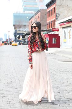 Love how blogger @Kat Tanita {With Love From Kat} wore our Norris Side Pleat Sunburst Maxi Skirt. The perfect spring fling look!