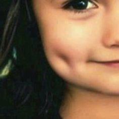 Repin if you like this Girl with Cute Dimple