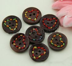 wood button for Crafts http://www.beads.us/es/producto/Boton-de-madera_p117517.html