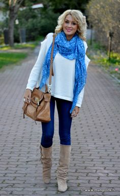 ■Farkut / jeans, Wrangler   ■Paita / sweater, Nelly.com   ■Saappaat / boots, Zara   ■Laukku / bag, Mulberry   ■Huivi / scarf, Singapore