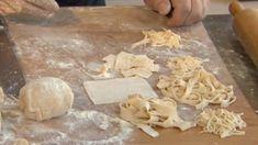 Egyszerű Gyúrt Tészta / Főzősuli - Zsebszakács Food Videos, Stuffed Mushrooms, Cheese, Vegetables, Desserts, Recipes, Youtube, Lasagna, Stuff Mushrooms