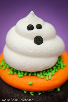 MBC: Boo-tiful cupcakes...and some BIG news!