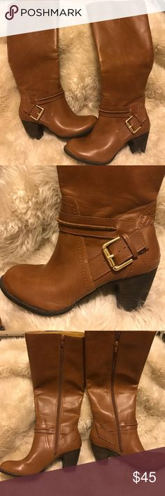 NINE WEST VINTAGE AMERICA COLLECTION BROWN BOOTS WOMENS NINE WEST VINTAGE AMERICA COLLECTION BROWN LEATHER BOOTS. Barely any wear and tare. Great condition. Size 6M Nine West Shoes Heeled Boots