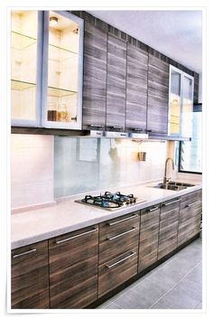 Modern Kitchen Design - Awesome Ways To Make Home Improvement Hassle-free *** Thank you for having visited our image. Kitchen Room Design, Kitchen Cabinet Design, Kitchen Sets, Modern Kitchen Design, Interior Design Kitchen, Kitchen Decor, Kitchen Furniture, Luxury Kitchens, Home Kitchens