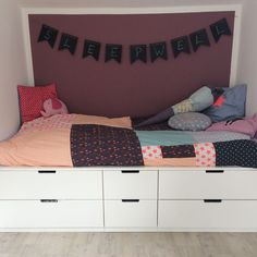 Bed on Nordli dresser . - Ikea DIY - The best IKEA hacks all in one place Box Room Bedroom Ideas, Ikea Bedroom, Small Room Bedroom, Bedroom Decor, Bed Frame With Storage, Bed Storage, Nordli Ikea, Bad Room Design, Cool Loft Beds