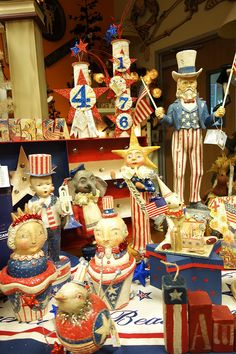There is so much vintage style Patriotic décor available now!