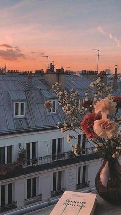 Romantic Wallpaper Background