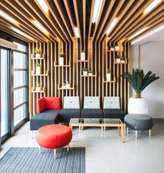 Home Design, Wall Design, House Color Palettes, Barbershop Design, Medical Office Design, False Ceiling Design, Space Architecture, Interior Walls, Kitchen Layout