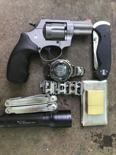 One of my EDC setup. The revolver is a Zoraki traumatic. Talk about stupid gunlaws worldwide. That's we're allowed to carry Man Stuff, Cool Stuff, Everyday Carry Gear, Edc Gear, Revolver, Stupid, Empty, Carry On, Guns