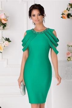 Atragatoare si feminina rochia Maya te va scoate in evidenta la orice eveniment. Cold Shoulder Dress, Maya, Floral, Casual, Dresses, Fashion, Vestidos, Moda, La Mode