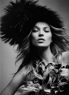 Mode, Mode, Mode… | Kate Moss by David Sims for Vogue Paris, September 2005