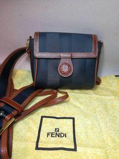 Borsa FENDI uomo donna borsetta tracolla borsello cintura man woman bag belt linea Giano da collezione anni 80 di Retrobagsvintage su Etsy