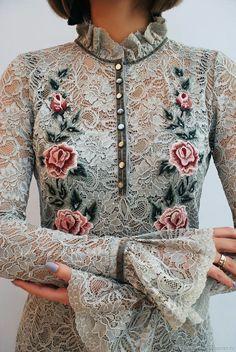 New Ideas Dress Brokat Lace Haute Couture Simple Dresses, Beautiful Dresses, Nice Dresses, Dresses With Sleeves, Trendy Dresses, Prom Dresses, Kebaya Lace, Kebaya Dress, Hijab Fashion