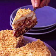 Toasted hazelnut meringue cake :: Good Housekeeping
