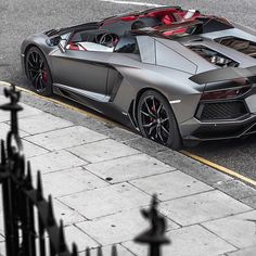 Lamborghini Aventador Roadster _______________________ WWW.PACKAIR.COM
