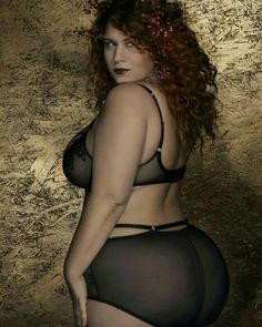 Stunningly Beautiful, Big And Beautiful, Beautiful Women, Curvy Models, Glamour, Pretty Lingerie, Plus Size Model, Photos Of Women, Sexy Women