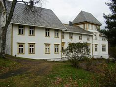 Vefsn Folkehøgskole (Toppen direktørbolig), Odin Benums veg 21, 8665 Mosjøen, Norway