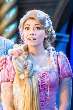 Rapunzel And Eugene, Tangled Rapunzel, Princess Rapunzel, Princess Party, Disney Parks, Walt Disney World, Disney Disney, Disney Face Characters, Disney Cosplay