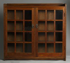 Gustav Stickley Double Door Oak Bookcase | Cottone Auctions.  Sold for $3500