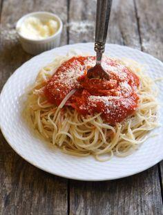 » Tomato-less Marinara Sauce (Nightshade-free, AIP-friendly)»Detoxinista (carrot, beet, lemon, garlic, mmmm)