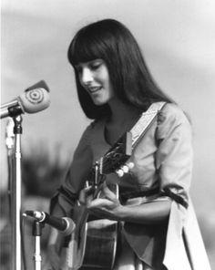 Mimi Farina, sister of Joan Baez. American Folk Music, Passion Music, Joan Baez, Guitar Girl, Boho Life, Three Daughters, Female Singers, Music Bands, Movie Tv