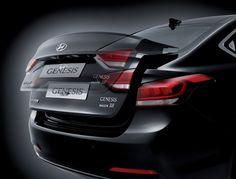KOMFORT INTELIGENTNE SYSTEMY ZAPEWNIAJĄCE DUŻĄ PRZYJEMNOŚĆ Z JAZDY  Nowy Hyundai Genesis został wyposażony w pionierskie rozwiązania technologiczne oraz pełną gamę innowacyjnych i przydatnych funkcji, które dbają o Twój komfort podczas podróży.