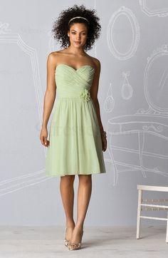 Classic Knee Length Sleeveless A-line Pleated Sweetheart Bridesmaid Dress