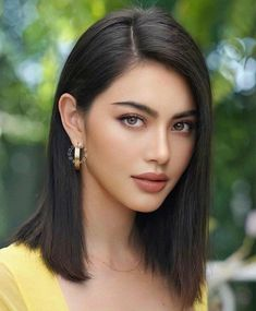 Indian Hair Cuts, Tape In Hair Extensions, Most Beautiful Faces, Remy Human Hair, Hair Piece, Asian Beauty, Makeup Looks, Short Hair Styles, Hair Makeup