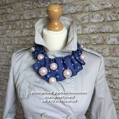 the famous gallery Fabric Necklace, Fabric Jewelry, Diy Necklace, Diy Fashion, Ideias Fashion, Necktie Pattern, Old Ties, Tie Crafts, Make Your Own Clothes