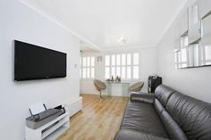 1 bedroom property to rent in Moscow Road, London W2 - 30052358