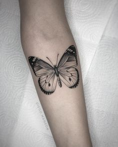 See also because the butterfly is one of the most searched topics in time to get a tattoo. Butterfly Tattoos On Arm, Monarch Butterfly Tattoo, Butterfly Tattoo Designs, Tattoos Skull, Black Tattoos, Small Tattoos, Sleeve Tattoos, Medium Tattoos, Tatoos