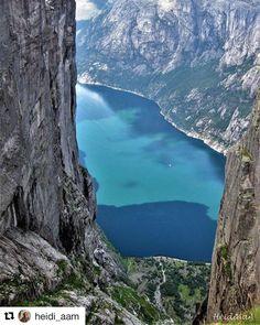 Wow og wow . #reiseliv #reisetips #reiseblogger #reiseråd #Repost @heidi_aam with @repostapp #kjerag #lysefjorden #visitrogaland #fjordsofnorway #fjordogfjell #norway_photolovers #highlightsnorway